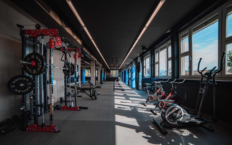 k1gym.ch-ueber-uns-trainingsbereich-eingang.jpg