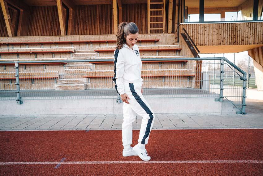 k1gym.ch-ueber-uns-produkte-urbantrainer-lady-seitlich.jpg